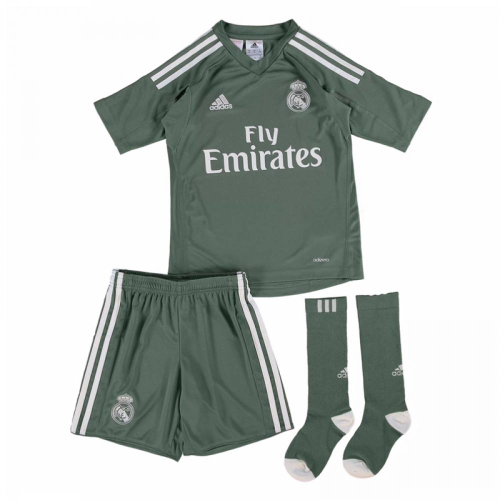 0a3342fa26f 2017-2018 Real Madrid Adidas Home Goalkeeper Mini Kit