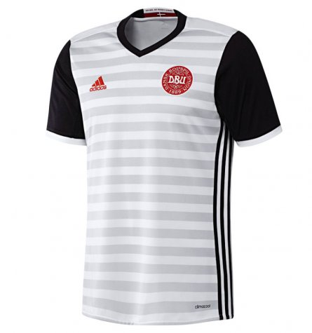 2016-2017 Denmark Away Shirt (Bendtner 9) - Kids