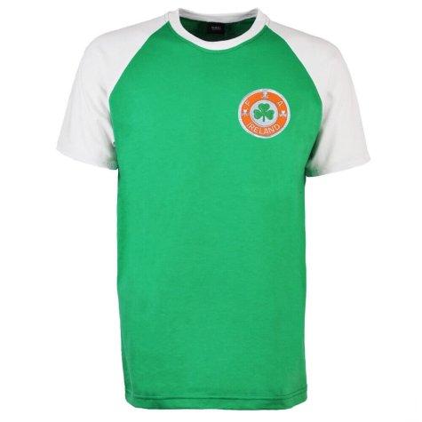 Republic of Ireland Raglan Sleeve Green/White T-Shirt